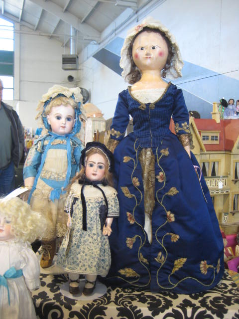 Doll show and Sac Flea Market 191