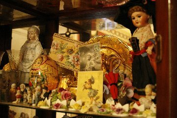Moms_dolly_cupboard